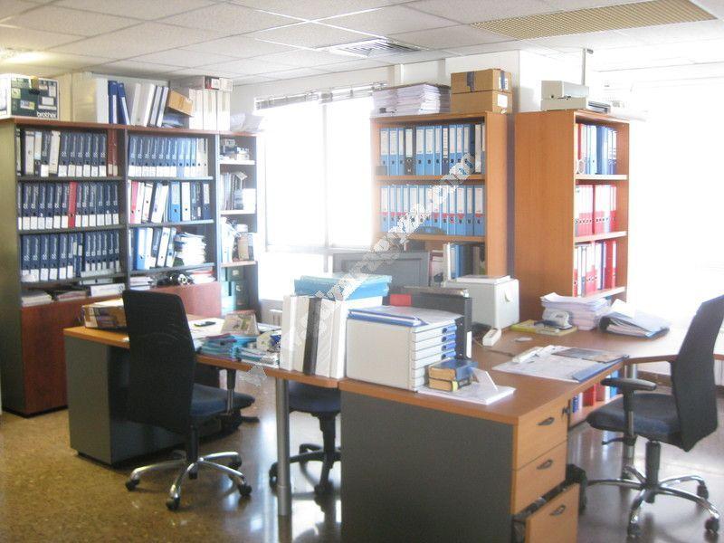 Venta de oficina en casablanca montecanal valdespartera for Oficinas de endesa en zaragoza