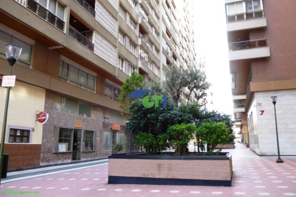Venta de Piso en Zaragoza Capital,